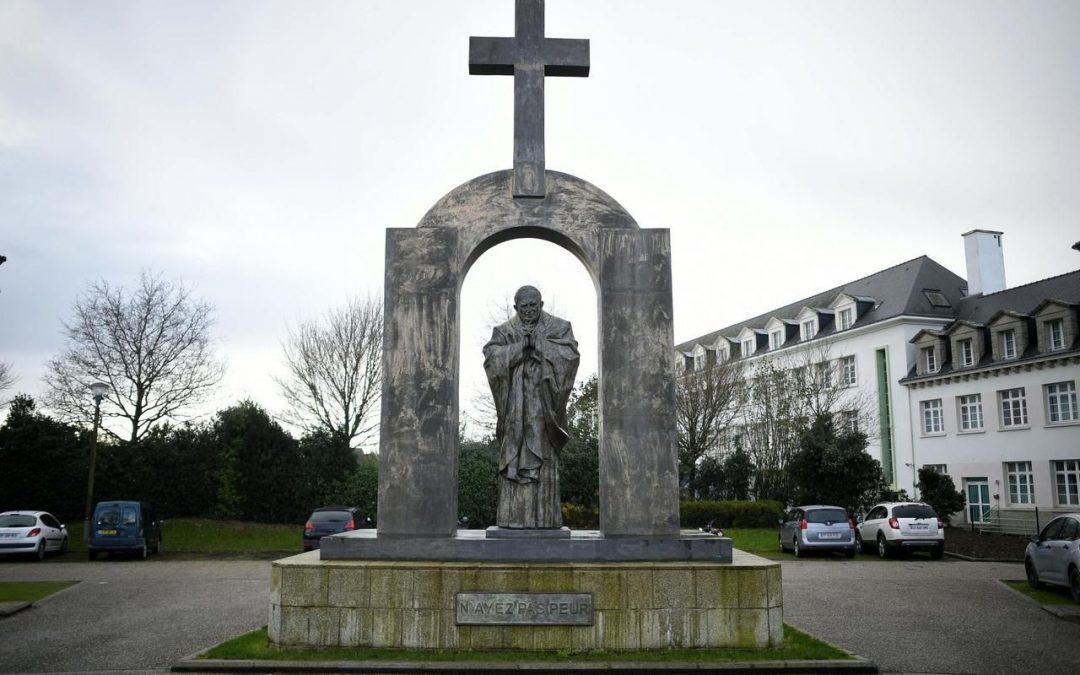 L'Eglise face au défi de l'identité